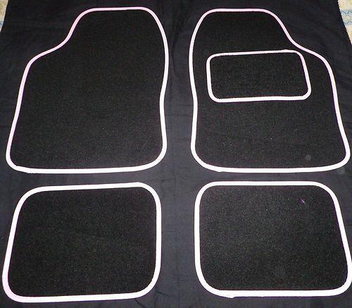 NEW UNIVERSAL BLACK /& WHITE 4 PIECE FLOOR CAR MAT SET