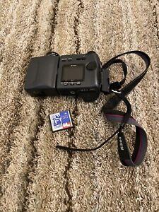 Nikon COOLPIX 990 3.2MP Digital Camera - Black NO SD CARD - TESTED!!