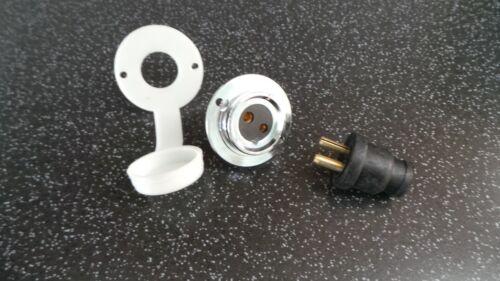 Whale Type 12 volt 2 pin plug socket & gasket for caravan/motorhome/water pump