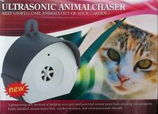 Ultrasonic Animal Repeller Scarer Control Repeller Dog Cat Fox Covers 2000 Sq ft