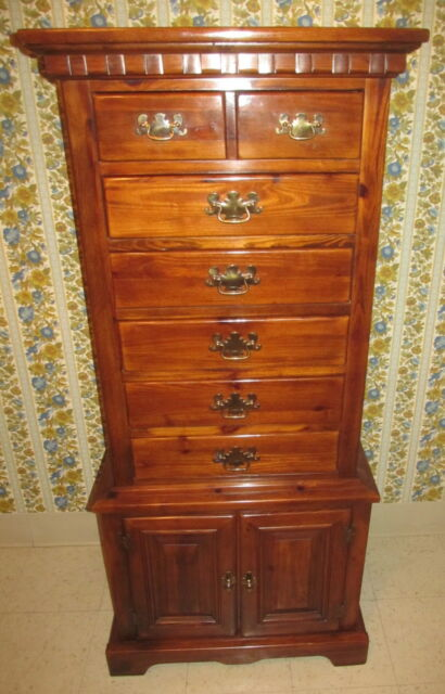 Superbe Link Taylor Lingerie Chest Antiqued Country Pilgrim Pine Collection