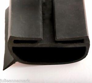 Industrial Wrap Around Roller Shutter Rubber Door Seal