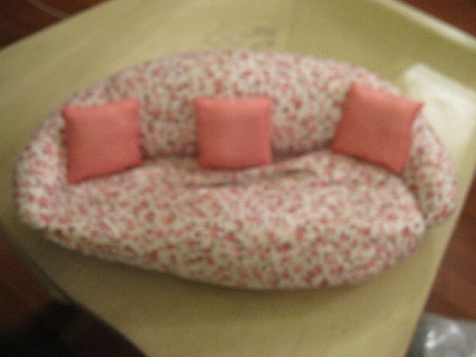 Tissue Box Cover , Living Room Couch / Sofa / Floral De
