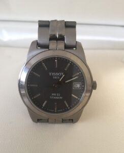 Detalles de Vintage 1853 Tissot PR50 Titanio Para Hombre de Cuarzo Reloj 1365 en muy buena condición ver título original