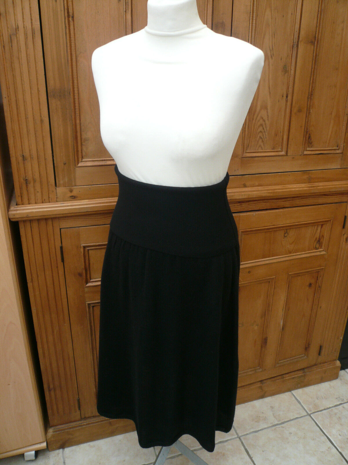 NEW skirt dress 10 DKNY merino mix pristine stylish warm elegant versatile