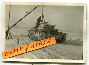 Foto : Deut. Panzer mit Winter-Tarnanstrich an der Front bei Prischib im 2.WK