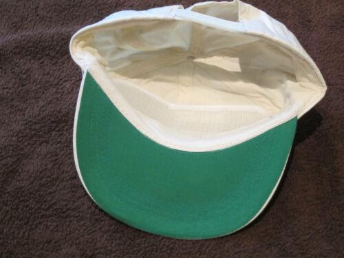 à taille unique en Crème Avec Vert Base Cap Arrière Réglable Casquette de baseball