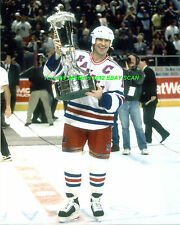 MARK MESSIER Lifts 1994 PRINCE of WALES Trophy 8x10 NY RANGERS HOF GREAT WoW