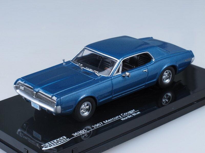 1 43 Scale model Mercury Cougar (bluee)