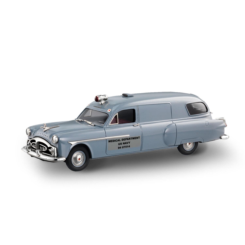 Brooklin Models 1951 Henney-Packard Navy Ambulance - CSV23 - gris