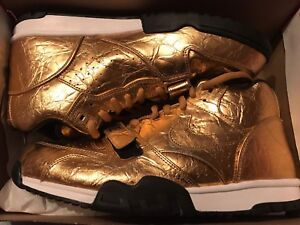 SB50 Super Bowl NIKE AIR TRAINER 1 GOLD BRAND NEW DS size 13 840169-700 DS