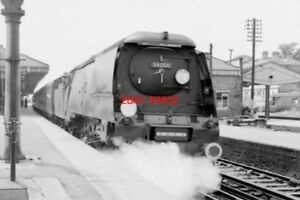 PHOTO  SR WEST COUNTRY CLASS LOCO NO 34006 BUDE - Tadley, United Kingdom - PHOTO  SR WEST COUNTRY CLASS LOCO NO 34006 BUDE - Tadley, United Kingdom