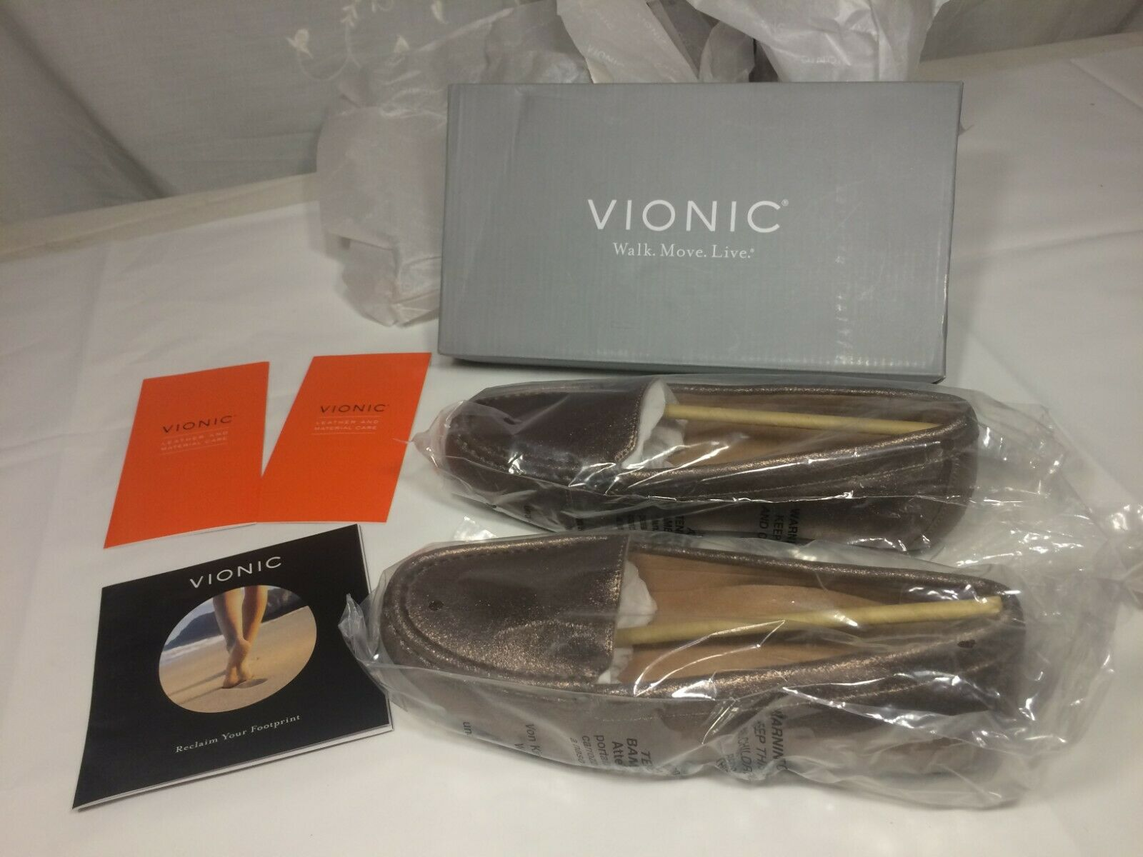 Vionic High Tide Metallic Silver Platform Toe Post Sandal Women/'s sizes 5-11//NEW