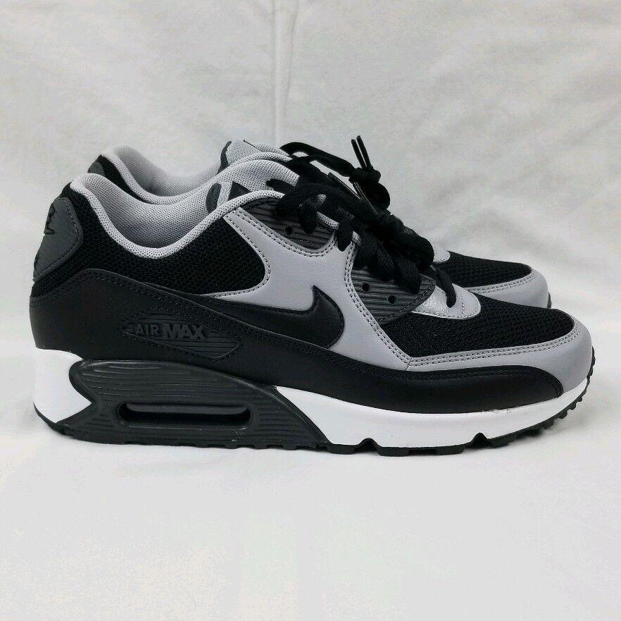 Nike Air Max 90 Essential Running shoes Men's Sz 8.5 Black Wolf Grey 537384-053