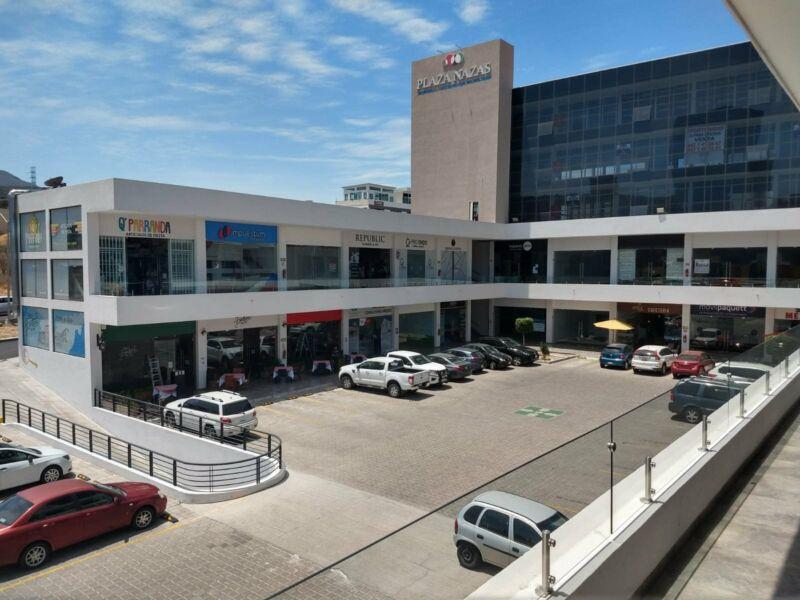 Local comercial en plaza Nazas Queretaro Centro Sur