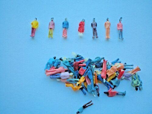 100 einfache handbemalte Figuren Spur Z A17