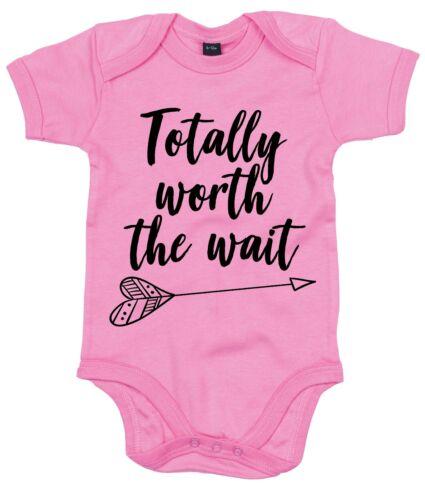 Totally Worth the Wait Babygrow mignon adorable cadeau bébé cadeau arrivée FIV AS15