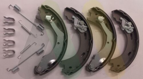 LR031947 LAND ROVER DISCOVERY 3 /& 4 NEW REAR HANDBRAKE SHOE SET /& LINING KIT