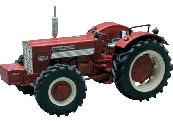 International Harvester 624 Model Tractor - Replicagri