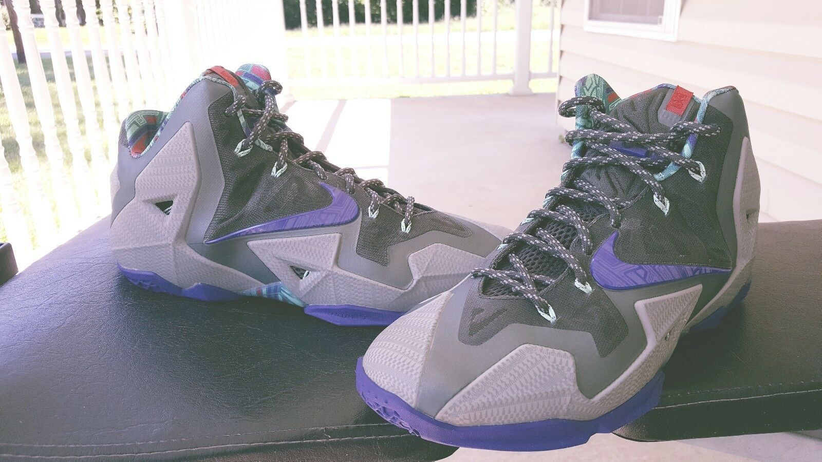 Nike Lebron James 10 size 10.5 terracotta  mint condition