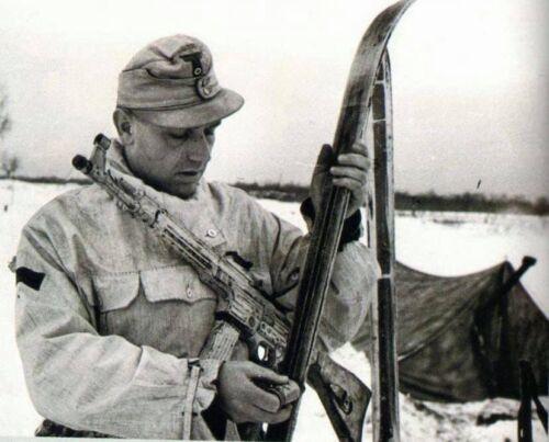 WW2 WWII Photo German Ski jäger Soldier Stg44 Ukraine 1944 World War Two 2546