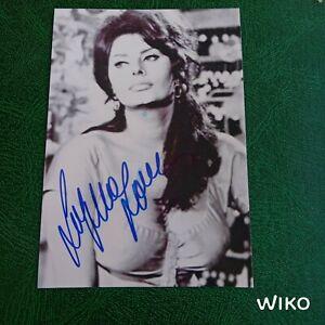 Autographe Dédicace De Sophia Loren