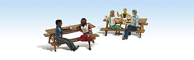 HO Scale Woodland Scenics Outdoor Dining Figures for Model Railroad Layout 1939