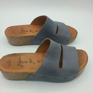 Zamsh Women's Size EU 38 US 7.5 Platform Sandals Gray