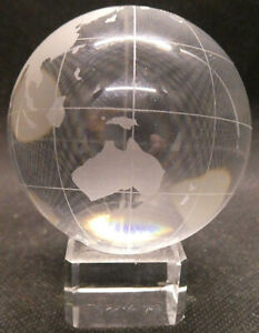 Etched-Glass-World-Globe-on-stand-paperweight