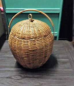 Original-rare-panier-pot-seau-a-glacon-polystyrene-dessus-osier-art-deco-anse
