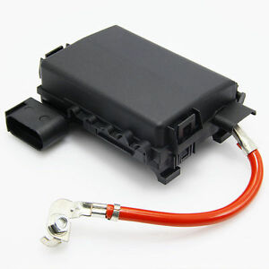 fuse box holder battery terminal w wiring for vw jetta. Black Bedroom Furniture Sets. Home Design Ideas