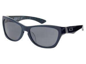 Oakley-Jupiter-LX-Sunglasses-03-285-Ozone-Blue-Grey