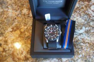 e831ae9cccf New Victorinox Swiss Army Maverick Sport Black 2 Nylon Straps Watch ...