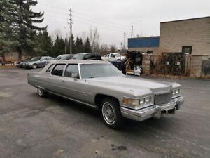 1975 Cadillac Fleetwood limo