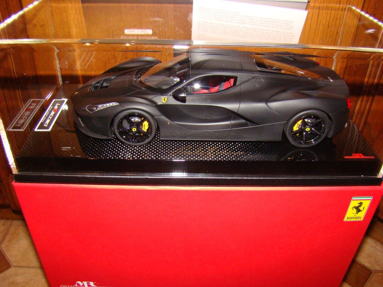 FERRARI LAFERRARI   MR COLLECTION   ONE OFF  NOIR MATT 1 18 EME   LIMITED  RARE