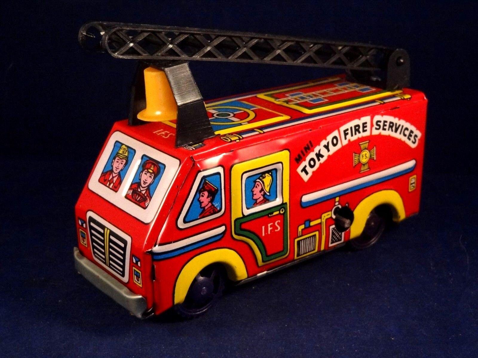 Camion pompier mécanique TOKYO FIRE SERVICES IFS sonnerie tôle mécanique + boîte
