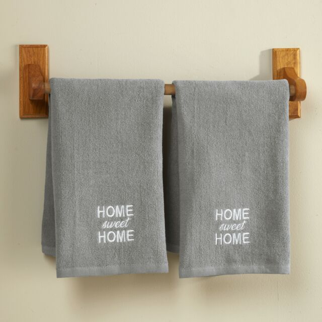 New Set//2 Embroidered Country Christmas Barn Terry Cotton Hand Towels Towel Set