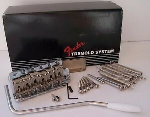 GENUINE-FENDER-STRAT-USA-VINTAGE-039-57-039-62-TREMOLO-BRIDGE