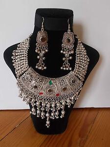 Parure-Collier-Tribal-et-Boucles-d-039-oreille-Artisanat-Inde-Kutch-Gujarat-31