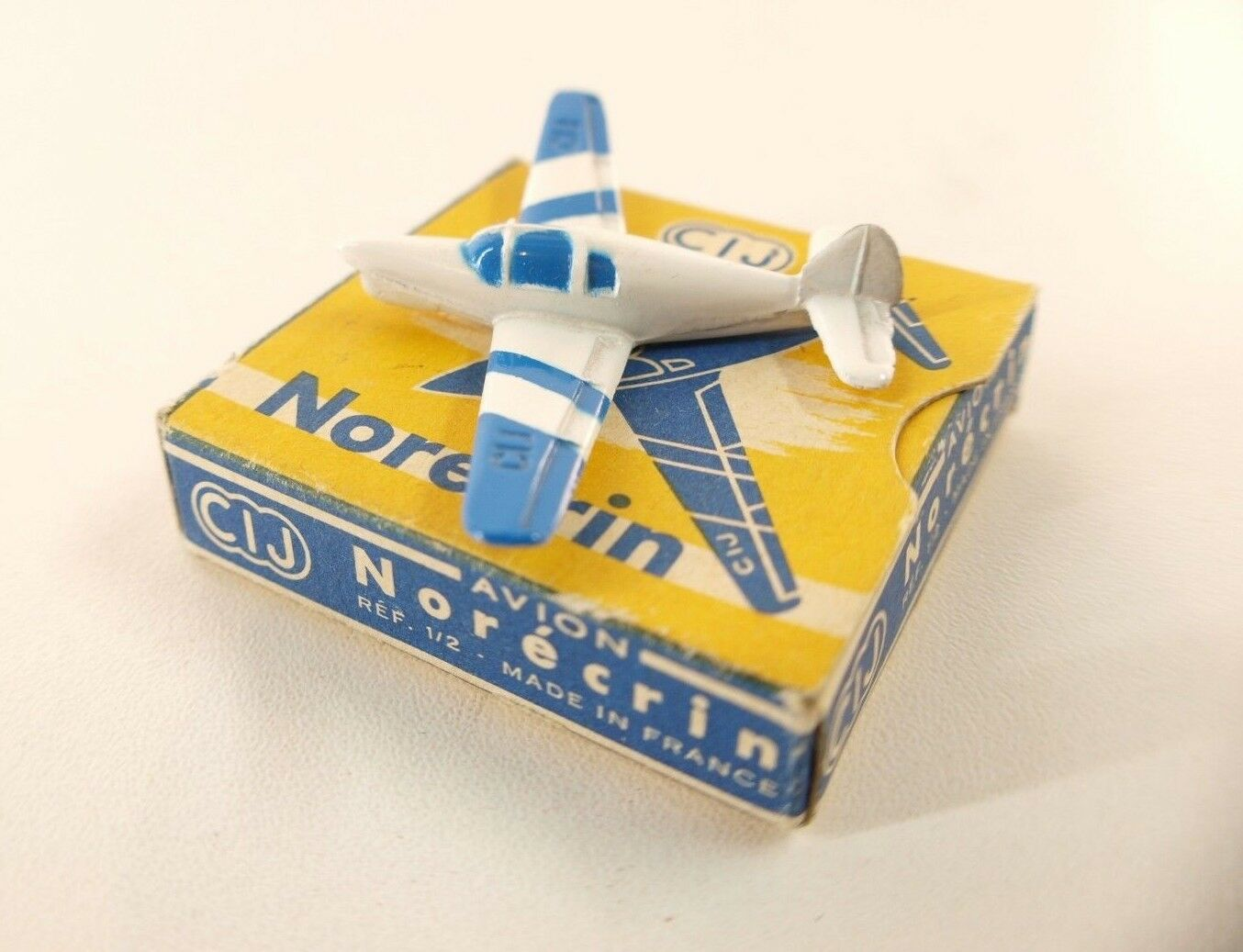 Cij F nº 1.2 plane norecrin canned nine rare