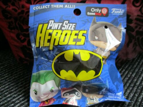 New /& Sealed Batman Pint Size Heroes Surprise Vinyl Figure