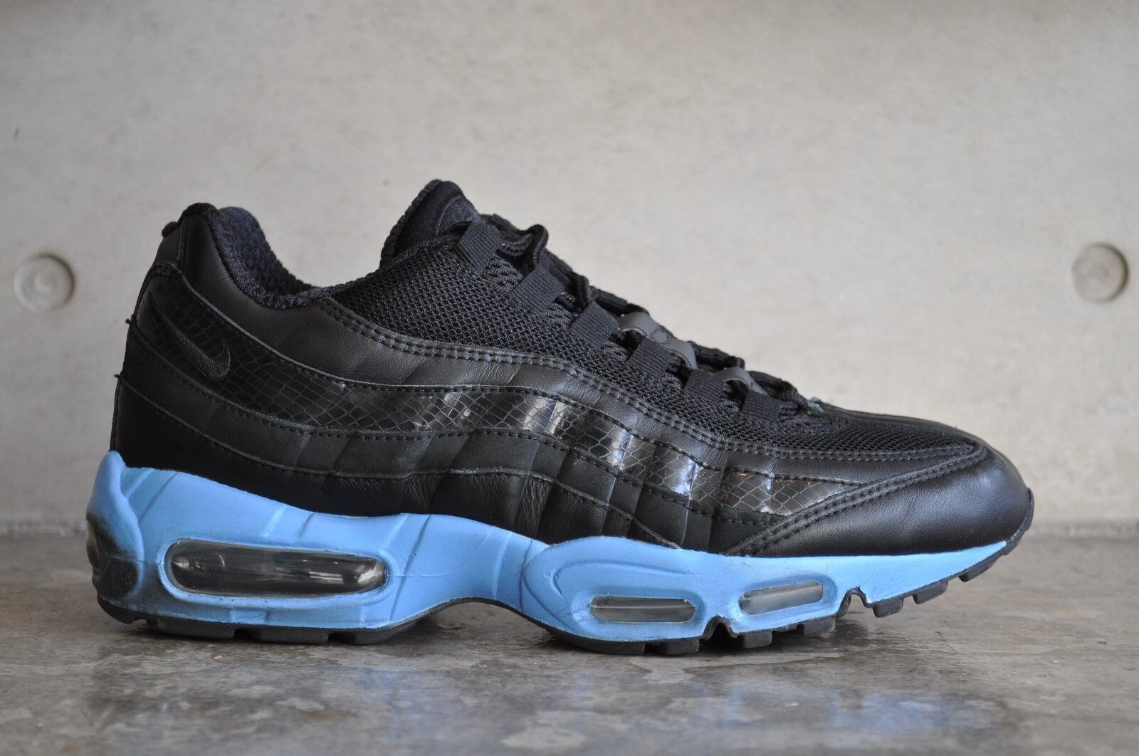 Nike Air Max 95 2006 - Black Black-University bluee 6.5 UK