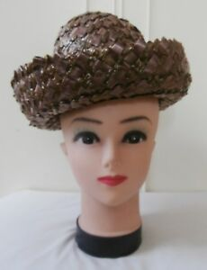 Vintage 1960 s Two-Tone Brown Lacquered Raffia Straw Dress Hat ... 2d08912532ba