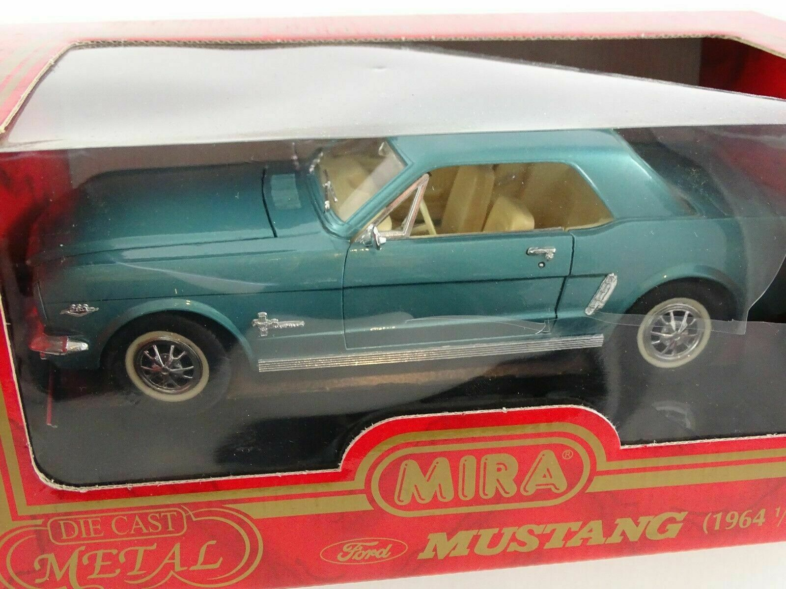 1 18 Mira  6120 1964 1  2 Ford Mustang Turquoise Mint in Original Box  dessins exclusifs
