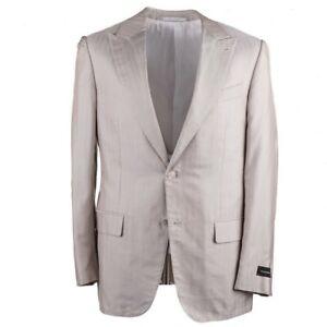 Ermenegildo-Zegna-Lightweight-Silk-Summer-Suit-with-Peak-Lapels-Slim-46L