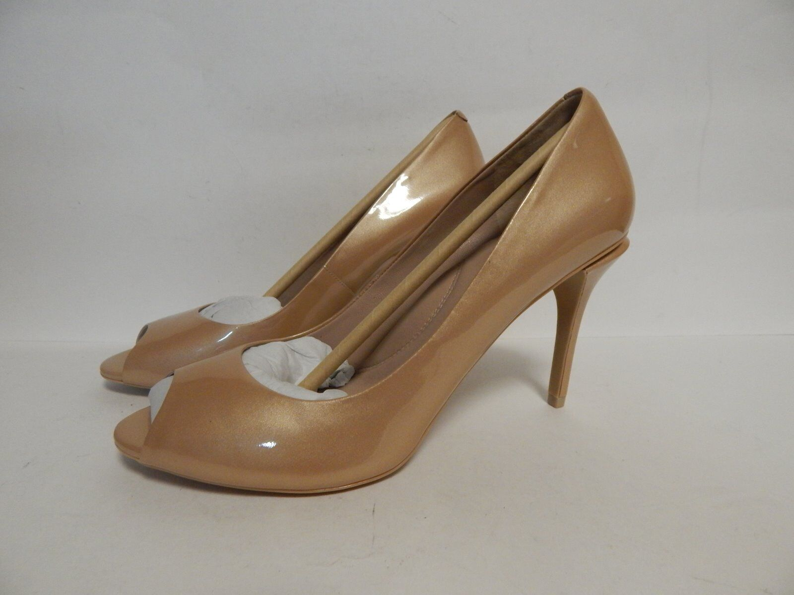 servizio premuroso Kenneth Cole Ingrahm Open Open Open Toe Pump Nude Patent Leather  New with Box  forma unica