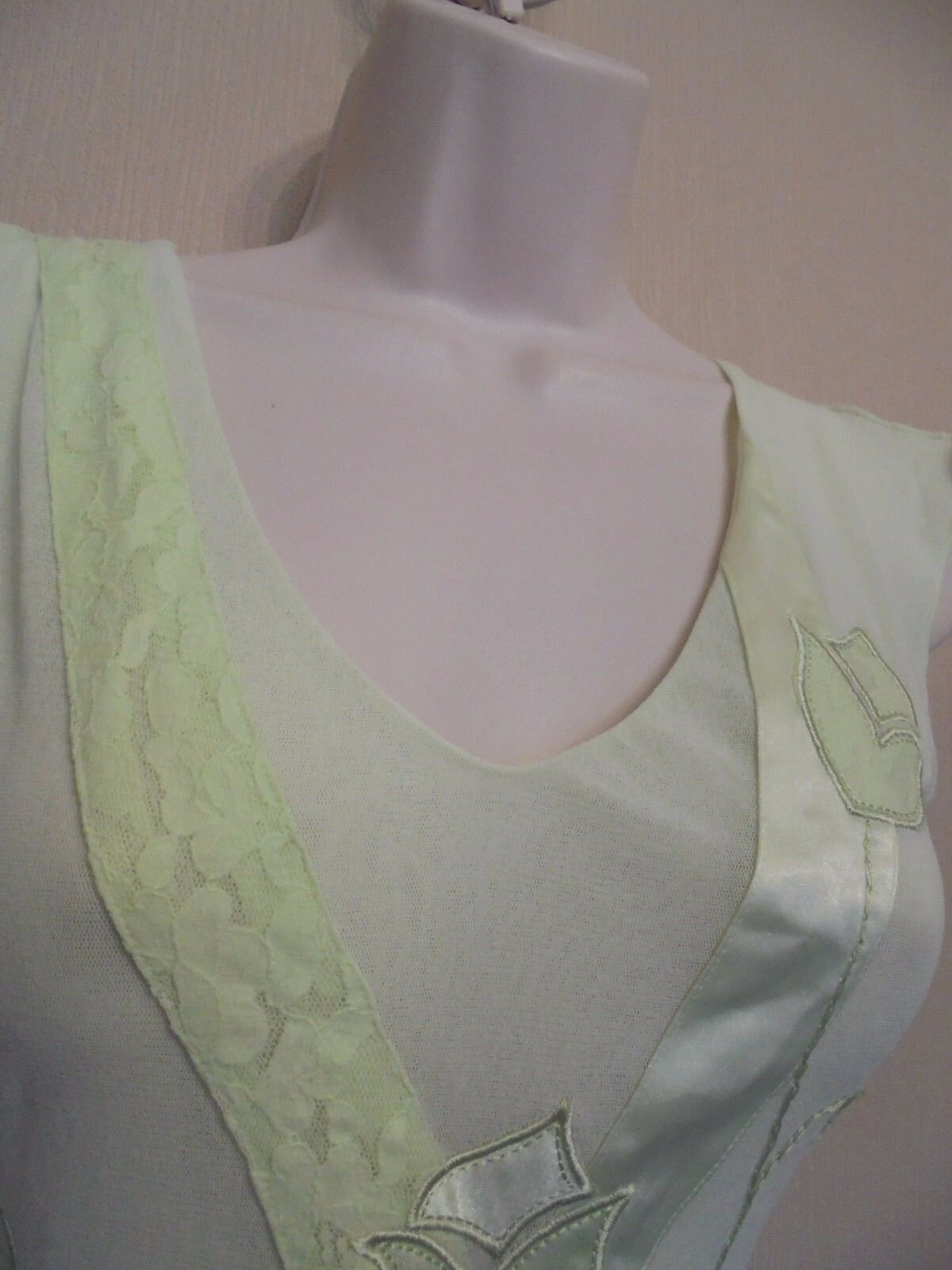 Per Una UK8 EU36 US4 new mint green mesh top with lace detailing to front