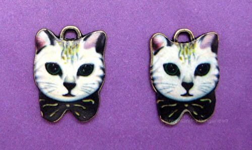 BRONZE TONE WHITE Cat Kitten CATS Charms Pendants 21mm x 16mm x 2mm 6 pcs ANT