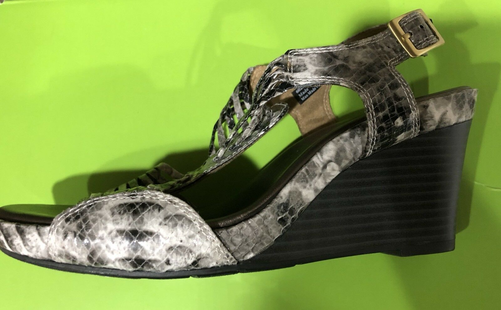 Damenschuhe CLARKS BENDABLES Snake Print Wedge SIZE Sandales SIZE Wedge 6.5 M NEW 923955