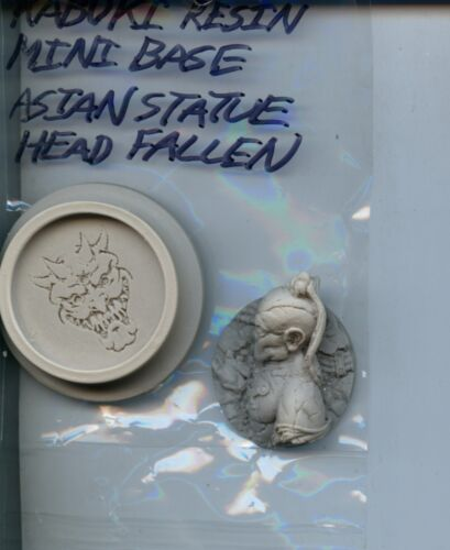 Kabuki Resin Miniature Base Asian Fallen Statue Head 45mm